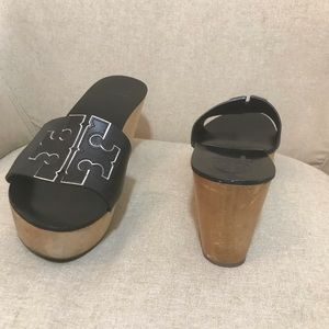 Tory Burch Sandals size 71/2 Wedge
